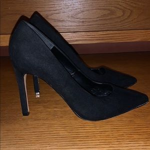 Forever 21 Black Stilettos pumps